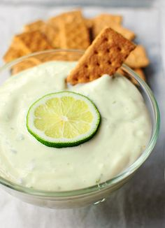 LIME PIE DIP-- A few simple ingredients are all that is required to create this perky dessert dip. 14 ounces sweetened condensed milk 4 ounces cream cheese 1 teaspoon lime zest ½ cup freshly squeezed lime juice (takes about 3 limes) ¼ teaspoon salt Dessert Dips, Dessert Crepes, Köstliche Desserts, Delicious Desserts, Yummy Food, Health Desserts, Dip Recipes, Cooking Recipes, Fruit Recipes