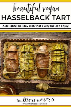 Beautiful Vegan Hasselback Thanksgiving Tart ⋆ This Mess is Ours Best Gluten Free Recipes, Gluten Free Recipes For Dinner, Supper Recipes, Delicious Dinner Recipes, Yummy Snacks, Vegan Recipes, Roasted Garlic Hummus, Tart Dough, Retro Recipes