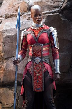 Ayo from Wankanda/Black Panther Movie has got to be a Skrull. Notice how she is always prevelent in ever T'Challa scene. Marvel sowing its seed. Black Panther Party, Black Panther Marvel, Black Panther 2018, Florence Kasumba, World Of Wakanda, Black Panther Chadwick Boseman, Dora Milaje, Bald Women, Marvel Women