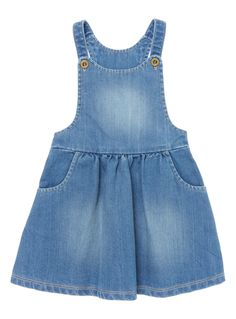 Created in cotton, this denim pinny is the perfect fit for springtime dressing. Layer over a simple tee and ballet shoes for a complete look. Girls denim pinny Sleeveless Ruched skirt Button fastening Front pockets Keep away from fire