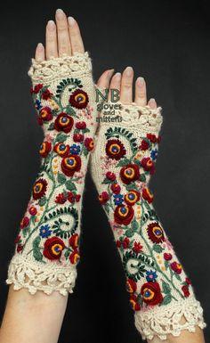 Knitted Fingerless GlovesIvory Red 31 cm by nbGlovesAndMittens