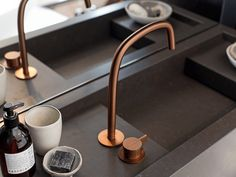 COCOON stands for craftsmanship, timeless design and sustainable materials. This vision reflects into our exclusive bathroom collections and international design projects. Dark Bathrooms, Bathroom Taps, Beautiful Bathrooms, Contemporary Bathrooms, Modern Bathroom, Design Bathroom, Stainless Steel Taps, Bathroom Collections, Basin Mixer