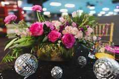 If you're looking for something a bit more funky for your wedding then you're going to love this 1970s inspired roller disco wedding shoot! Styled by Pop Fizz Weddings based in Colorado, the editorial was inspired by their love of the glitz, glamour and grunge of the 70s.