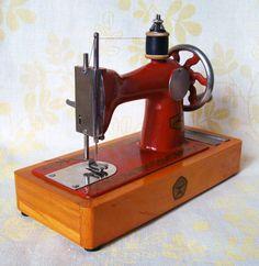 Toy Sewing Machine  Cute Vintage Soviet toy  by VintageStuffUA