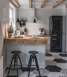 90 beautiful little kitchen design ideas - each of us has different needs ., 90 beautiful little kitchen design ideas - each of us has different needs and material options, but different tastes and homes. Some of us live in sma. Retro Home Decor, Home Decor Kitchen, Diy Kitchen, Awesome Kitchen, Smeg Kitchen, Smeg Fridge, Kitchen Furniture, Wood Furniture, Island Kitchen