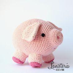 Items similar to The little piggy Javier Bacon, soft toy (pink pig crochet), amigurumi on Etsy Crochet Pig, Cute Crochet, Crochet Animals, Crochet Crafts, Fabric Animals, Piggy Bank, Crochet Patterns, Crochet Ideas, Lana