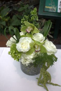A beautiful complement to the tall pieces at a recent wedding at Crystal Gardens! Small Centerpieces, Crystal Garden, Crystals, Plants, Gardens, Wedding, Beautiful, Google, Flowers