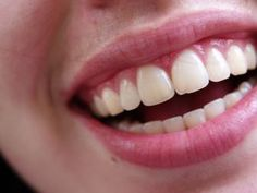 Homemade Toothpaste And Oral Care Recipes Toothpaste Recipe, Homemade Toothpaste, Natural Toothpaste, Homemade Deodorant, Natural Teeth Whitening, Homemade Beauty, Diy Beauty, Beauty Ideas, Deodorant Recipes