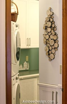 Ashebee Design -rustic-wood-slice-decor.