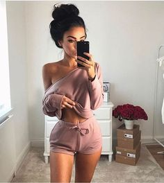 Off Shoulder Loose Crop Top with Shorts Two Pieces Set – MeetYoursFashion Pastel Outfit, Look Fashion, Fashion Outfits, Fashion Pics, Fashion Black, 80s Fashion, Curvy Fashion, Fall Fashion, Looks Style