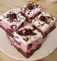 Feketeerdő kocka, egy finom sütemény kissé más formában! - Ez Szuper Eastern European Recipes, Ober Und Unterhitze, Kakao, Graham Crackers, Tiramisu, Sandwiches, Cheesecake, Food And Drink, Sweets