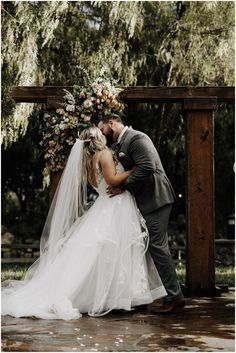 Looking for one of the best wedding venues in Temecula, CA? Lake Oak Meadows is your place!! Afton & John's romantic wedding at Lake Oak Meadows was so special and shows off just how beautiful California is for your wedding. I'm Jacque, a San Diego wedding photographer, and I'd love to help you craft your perfect wedding experience!! Temecula Wedding Venues, Best Wedding Venues, Wedding Vendors, Weddings, Oak Meadow, Romantic Wedding Photos, San Diego Wedding Photographer, Wedding Photography And Videography, Wedding Photo Inspiration