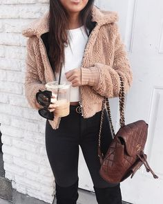 43 Schöne Winter Outfits Ideas Girls Night Outfits 2019 Outfits casual Outfits for moms Outfits for school Outfits for teen girls Outfits for work Outfits with hats Outfits women Teen Winter Outfits, Outfits For Teens, Trendy Outfits, Winter Clothes, Night Outfits, Winter Fashion For Teen Girls, Winter Dresses, Winter Night Outfit, Fall Outfits