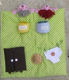 Une souris verte Picnic Blanket, Outdoor Blanket, Creations, Recherche Google, Montessori, French, Psicologia, Finger Plays, Doll Shoes