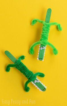 Stick Crocodile Craft - Easy Peasy and Fun Craft Stick Crocodile Craft - cutest crocodile I've seen, if crocodiles can be cute! :)Craft Stick Crocodile Craft - cutest crocodile I've seen, if crocodiles can be cute! Kids Crafts, Crafts For Kids To Make, Summer Crafts, Craft Stick Crafts, Toddler Crafts, Preschool Crafts, Projects For Kids, Easy Crafts, Craft Ideas