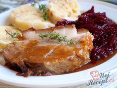 Veprova pecinka, zeli z cervene repy Meatloaf, Lasagna, Stew, Mashed Potatoes, Food And Drink, Treats, Snacks, Dishes, Hot