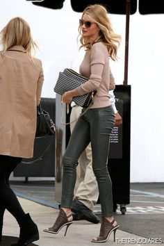 Rosie Huntington-whiteley Rosie Huntington-Whiteley out in Beverly Hills, California - February 21, 2013