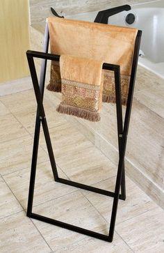 Wieszak na ręczniki stojący metalowy wieszak - 149 zł