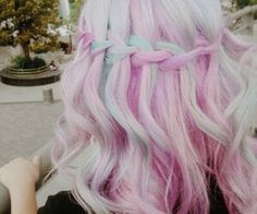 a mix between purple and pink ♡