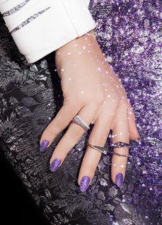 ncLA   Nail Wraps   Dazzling Violet