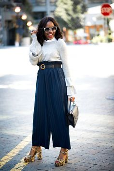 HOW TO MAKE YOUR LAYERED BELL SLEEVE TOP CHIC FOR FALL