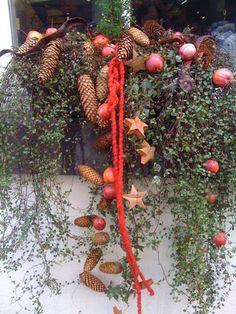 Small creative world: outdoor decoration, Christmas market, gifts - Weihnachten Scandinavian Christmas, White Christmas, Vintage Christmas, Xmas, Christmas Window Decorations, Tree Decorations, Christmas Wreaths, Winter Planter, Holiday Crafts