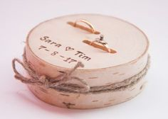 verlobungsring breit Rustic ring bearer pillow wedding wood slice rustic ring box birch wedding decoration wood wedding decor ring pillow alternative by DINDINTOYS Ring Bearer Pillows, Ring Pillows, Wooden Ring Box, Wooden Rings, Diy Wedding Shoes, Wedding Rings, Wedding Ideas, Wedding Details, Birch Wedding