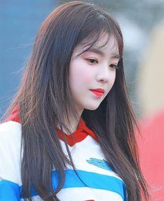 Irene is so beautiful 💗 Red Velvet アイリーン, Irene Red Velvet, Seulgi, Mode Ulzzang, Ulzzang Girl, Korean Girl, Asian Girl, Red Velet, Park Sooyoung