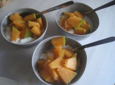 Greek youghurt with cantaloupe