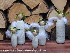 Für den Kunst- und Gartenmarkt, der heute bei uns im Städtle war, habe ich mit. For the art and garden market, which was with us today in the Städtle, I made things out of concrete with a team. Clay Christmas Decorations, Unique Christmas Gifts, Christmas Crafts, Christmas Angels, Christmas Holidays, Xmas, Market Day Ideas, Holiday Wallpaper, Concrete Crafts