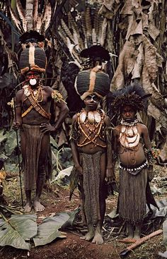 "Boys from the Kalam tribe, Papua New Guinea in Jimmy Nelson's ""Before they pass away"""
