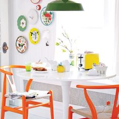 Compiling breakfast nook ideas before I start re-decorating & arranging the dining room!