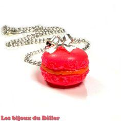 Collier gourmand macaron fimo rose fluo pour petite fille / ado : Bijoux enfants par les-bijoux-du-belier
