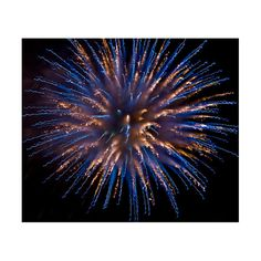 Stunning Fireworks Photos Smashing Magazine ❤ liked on Polyvore featuring backgrounds, fireworks, pictures and filler