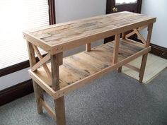 Pallets Desk Table