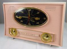 Restored Vintage 1950's RCA Victor Tube Clock Radio Pretty and Pink   eBay