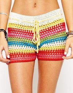 Imagem 3 de Glamorous Petite Stripe Crochet Shorts