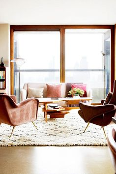 lovely living room with morroccan rug / sfgirlbybay