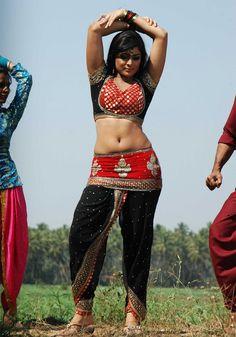 Beautiful Girl Indian, Beautiful Saree, Kashta Saree, Navel Hot, My Step Mom, Actress Navel, Saree Navel, South Indian Film, Hottest Pic