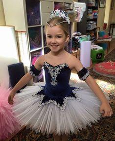 52 Super Ideas For Dancing Wear Kids Tutu Ballet, Ballet Wear, Dance Outfits, Dance Dresses, Beautiful Costumes, Beautiful Dresses, Baby Girl Dresses, Baby Dress, Purple Tutu