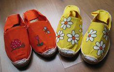 alpargatas de Samantha Castillo On Shoes, Baby Shoes, Recycled Shoes, Espadrilles, Baby E, Crochet Shoes, Painted Shoes, Custom Shoes, Slippers
