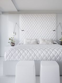 natural white bedroom apartment