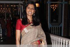 Nandita Das Shows You How To Rock A Simple Saree