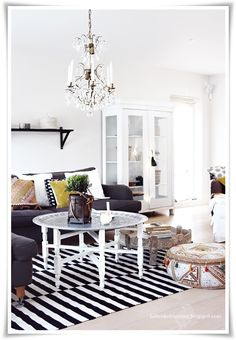 Elegant black, white, and gray interior (via Quite simply, in its entirety …)
