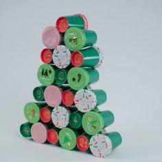 Calendrier de l'Avent Sapin DIY - Annikids, le blog Advent Calendar, Blog, Cupcakes, Holiday Decor, Diy, Mussels, Fir Tree, Birthday, Cupcake Cakes