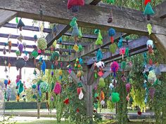 The Tree Leaves Yarnstorm in Rowntree Park, York - Summer 2019 - designed and made by Hippystitch & Deborah New with the help of the local community Leaf Projects, Extreme Knitting, Art In The Park, Conifer Trees, Finger Knitting, Tree Leaves, Raise Funds, Trees To Plant, The Locals