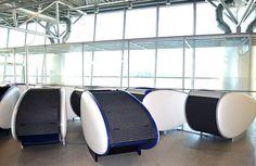 Đam mê du lịch: 15 mẹo giúp bạn qua đêm thoải mái ở sân bay