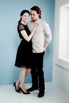 Great Old/New Pics of Sam Heughan and Caitriona Balfe – Winter TCA Portrait Session 2014 | Outlander Online