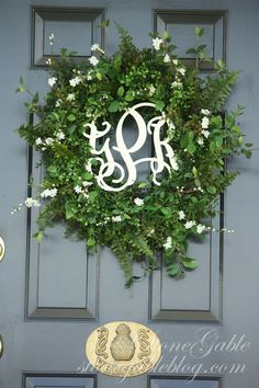 StoneGable: WELCOME TO STONEGABLE 2013 SUMMER SHOWCASE OF HOMES: love the idea of the middle piece on my door