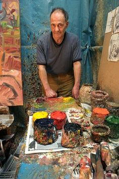 """As a major respective of his work opens at Tate Modern, Artist Frank Auerbach tells Hannah Rothschild about solitude, routine and the art of """"forgetting oneself"""" Frank Auerbach, 21st Century Artists, Slab Pottery, Pottery Clay, Royal College Of Art, Sculpture Clay, Ceramic Sculptures, Pottery Studio, Heart Art"""